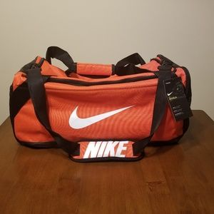 Nike Bags - Nike Brasilia Duffel a5e8772cc1b8b